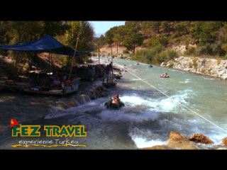 View our Saklikent Gorge video [2.8 Kb 0:43 mins]